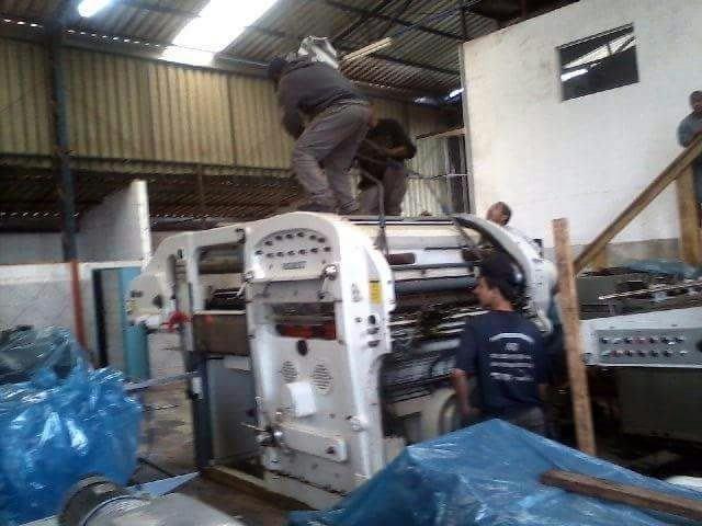 Movimentação de máquinas e equipamentos